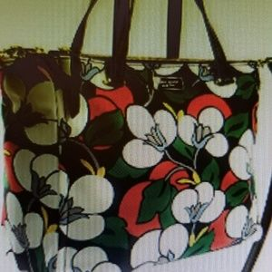 Kate Spade bag. Medium size.